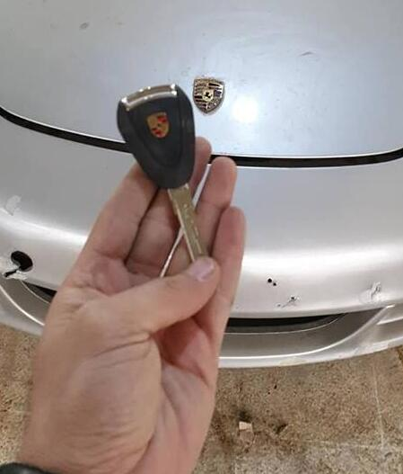 lonsdor-k518ise-porsche-2005-add-key-2